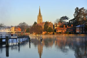 Marlow and Thames - House sitting England