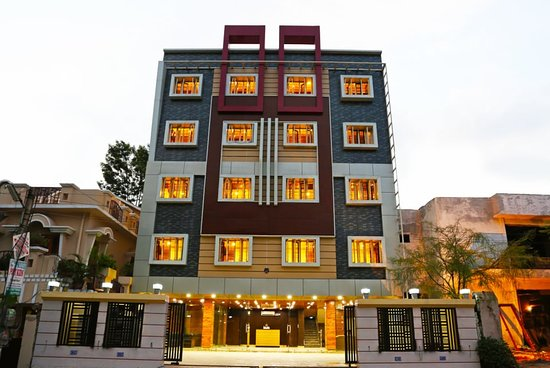 OYO Flagship hotel